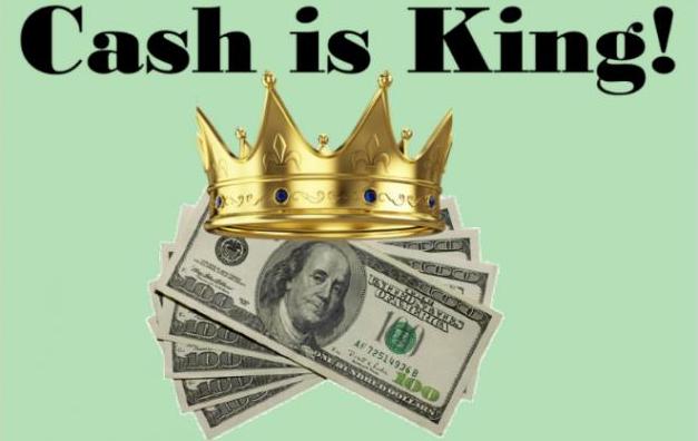 美国银行存款暴增2万亿美元
